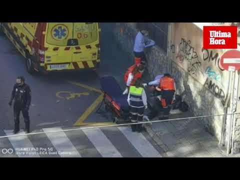 Un hombre cae desplomado y convulsiona en la calle Eusebio Estada de Palma