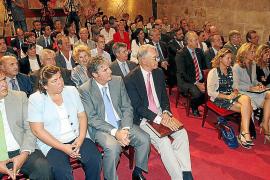 El Govern homenajea a empresas y establecimientos turísticos