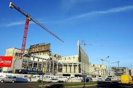 Cort se endeuda en 10 millones para pagar el sobrecoste del Palacio de Congresos