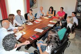 El PP inicia el proceso de expulsión del partido de los siete ediles fieles a Pastor