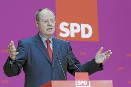 Un exministro de la gran coalición será el rival de Merkel en las generales