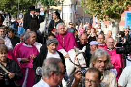 Orihuela aclama a Murgui como su nuevo obispo