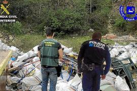 La Guardia Civil denuncia un vertido de escombros en un ANEI de Calvià