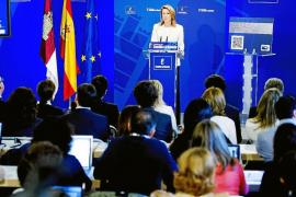 Rajoy pone firmes a sus barones