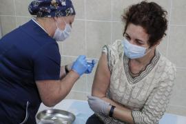 El segundo análisis de la vacuna rusa contra la COVID-19 muestra una eficacia superior al 95 %