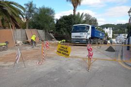 Sant Josep inicia la reforma de la calle Cas Vildu y el reordenamiento del aparcamiento público