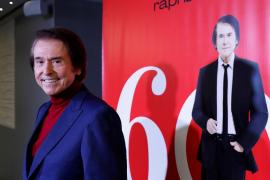 Raphael da su opinión sobre la eliminación del castellano como lengua vehicular