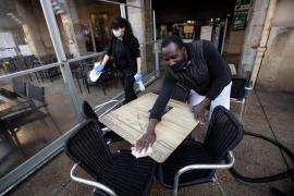 La hostelería reclamará en Bruselas «ayudas urgentes» porque el Gobierno sigue sin dárselas