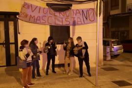 Cacerolada contra la violencia machista en Palma