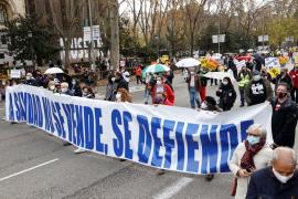 Miles de personas se manifiestan en Madrid en defensa de la sanidad pública