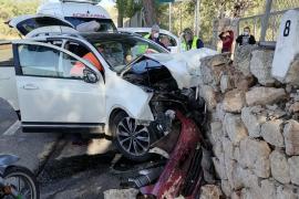 Dos vehículos colisionan en la carretera de Bunyola para no atropellar a un grupo de ciclistas