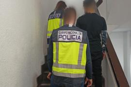 Detenido un hombre por agredir y pagar con billetes falsos a vendedores de segunda mano en Palma