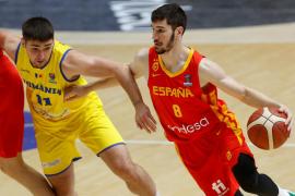 España arrasa y logra el billete para el Eurobasket 2022