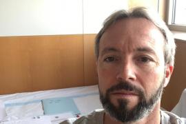 Gómez reprocha a un diputado del PP que viajara pese a estar esperando los resultados de una PCR