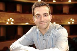 Pablo Urbina, director de orquesta: «El arte es algo esencial de nuestra sociedad que debemos proteger»