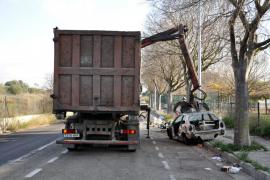 Cort destruirá coches abandonados sin pasar por el depósito