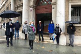 Minuto de silencio en Palma por la agresión a una jueza en Segovia