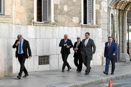 Sólo siete abogados de los afectados podrán recurrir el auto del 'caso Wasap'