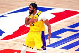 Anthony Davis renueva con los Lakers por 5 años y 190 millones