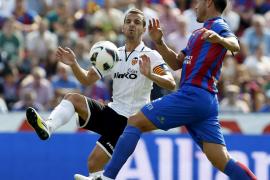 El fútbol directo del Levante decidió el derbi