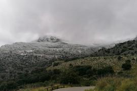 La capa de nieve es más espesa a partir de los 900 metros de altura