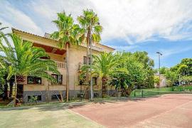 Cursach pone a la venta su casa por 4,5 millones