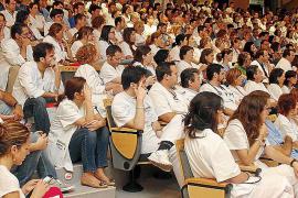 Los médicos del IB-Salut continúan sin cobrar los pluses
