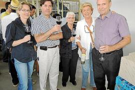 Fiesta de la vendimia solidaria en Bodega Can Feliu a beneficio de Fundación Amazonia