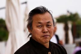 Muere con COVID-19 el director de cine surcoreano Kim Ki-duk