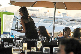 La contratación laboral irregular y la economía sumergida aumentan en Balears
