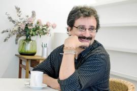Albert Sánchez Piñol recuerda en 'Victus' el papel de los artilleros mallorquines