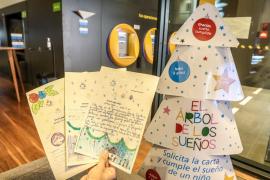 Más de 1.300 niños baleares en situación de pobreza tendrán su regalo de Navidad de la mano de Caixabank