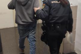 Detenido tras ser retenido por el inquilino al que intentó robar
