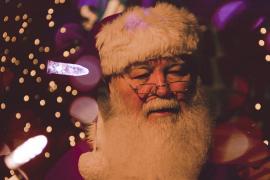 La OMS garantiza que Papá Noel es «inmune» y podrá moverse sin restricciones para entregar regalos
