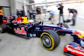 Vettel sigue en buena forma en Corea mientras Alonso no se rinde