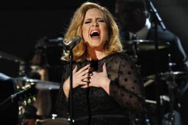 Adele, aterrorizada ante  la llegada de su primer hijo