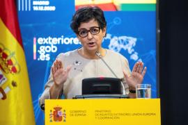 González Laya recalca que España comenzará a vacunar junto al resto de la UE, «ni antes ni después»