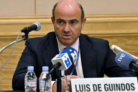 De Guindos cree que la presión sobre España se ha relajado y que el ambiente es «más positivo»