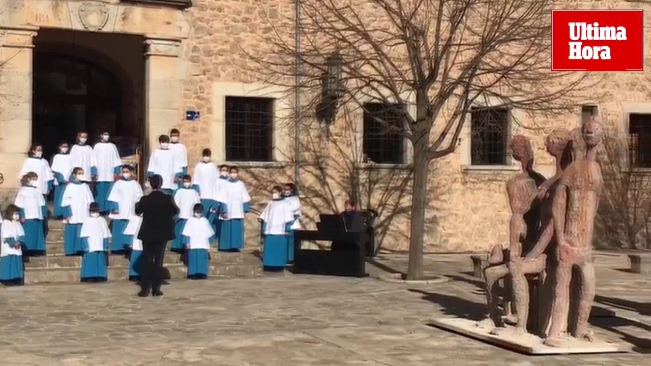 El 'Camí de Lluc' de Joan Bennàssar inicia su andadura a las puertas del Santuario