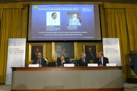 El Nobel de Economía recae en dos expertos en los problemas de los mercados