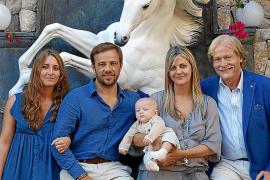 Fiesta en honor de Aston Max Montalbán Martensson