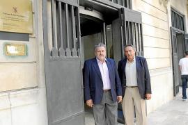 Afedeco y Pimeco exigen al Govern que no se abran más grandes superficies