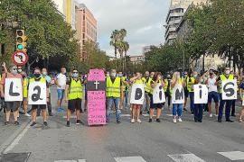 Denuncian expedientes en la EMT en represalia por la huelga indefinida