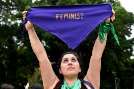 Casi 250 mujeres con presencia pública condenan las agresiones a feministas