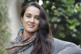 Abir Kellitou, educadora social: «A los 18 años el Estado deja a los menores migrantes en la calle»
