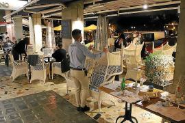 Los restauradores celebran a medias la bonificación a los fijos discontinuos