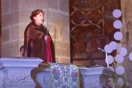 El obispo de Mallorca recuerda a las víctimas de la COVID en la misa de Navidad