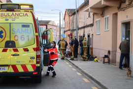 Intoxicado un joven tras declararse un incendio en una vivienda de Son Ferriol