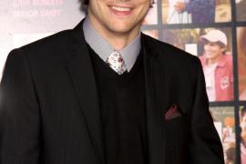 Kutcher lidera la lista Forbes de actores mejor pagados de la TV