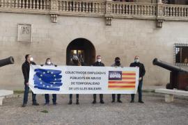 Protesta ante el Consolat de los trabajadores públicos temporales
